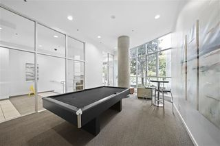 """Photo 19: 1704 1155 SEYMOUR Street in Vancouver: Downtown VW Condo for sale in """"The Brava"""" (Vancouver West)  : MLS®# R2508018"""