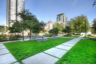 """Photo 31: 1704 1155 SEYMOUR Street in Vancouver: Downtown VW Condo for sale in """"The Brava"""" (Vancouver West)  : MLS®# R2508018"""