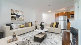 """Photo 4: 1704 1155 SEYMOUR Street in Vancouver: Downtown VW Condo for sale in """"The Brava"""" (Vancouver West)  : MLS®# R2508018"""