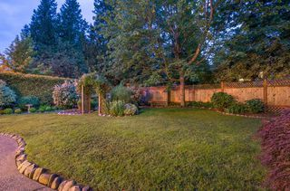 Photo 18: 13345 AMBLE WOOD DRIVE in South Surrey White Rock: Crescent Bch Ocean Pk. Home for sale ()  : MLS®# R2178473