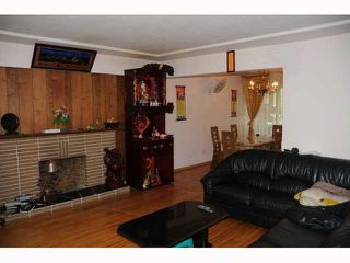 """Photo 3: 1351 E 49TH Avenue in Vancouver: Knight House for sale in """"SOUTH VANCOUVER"""" (Vancouver East)  : MLS®# V792798"""