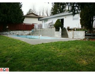 Photo 9: 8249 COPPER Place in Mission: Mission BC House for sale : MLS®# F1000978