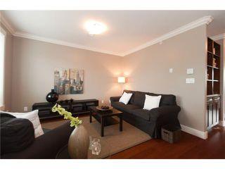 Photo 3: 5205 CHESTER Street in Vancouver: Fraser VE House for sale (Vancouver East)  : MLS®# V837884
