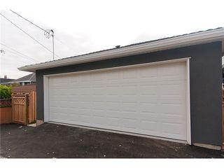 Photo 10: 5205 CHESTER Street in Vancouver: Fraser VE House for sale (Vancouver East)  : MLS®# V837884