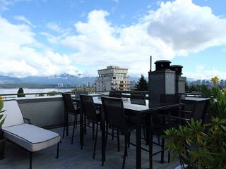 "Photo 3: 2 1855 VINE Street in Vancouver: Kitsilano Townhouse for sale in ""DEVON COURT"" (Vancouver West)  : MLS®# V850286"