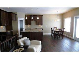 Photo 9: 418 Faldo Crescent: Warman Single Family Dwelling for sale (Saskatoon NW)  : MLS®# 390449