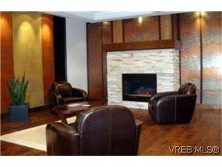 Photo 2:  in VICTORIA: La Bear Mountain Condo Apartment for sale (Langford)  : MLS®# 462364