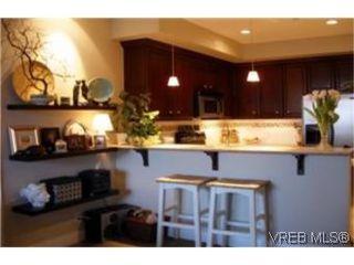 Photo 4:  in VICTORIA: La Bear Mountain Condo Apartment for sale (Langford)  : MLS®# 462364