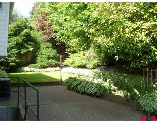 """Photo 2: 34897 EVERSON Place in Abbotsford: Abbotsford East House for sale in """"MCMILLAN"""" : MLS®# F2914416"""