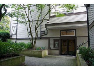 Photo 5: 308 1060 E BROADWAY in Vancouver: Mount Pleasant VE Condo for sale (Vancouver East)  : MLS®# R2422843