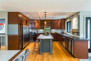 Photo 6: 2880 Leigh Rd in VICTORIA: La Langford Lake Single Family Detached for sale (Langford)  : MLS®# 837469