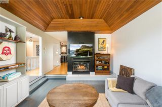 Photo 4: 2880 Leigh Rd in VICTORIA: La Langford Lake Single Family Detached for sale (Langford)  : MLS®# 837469