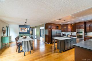 Photo 8: 2880 Leigh Rd in VICTORIA: La Langford Lake Single Family Detached for sale (Langford)  : MLS®# 837469