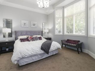 Photo 12: 5330 BENTLEY CRESCENT in Delta: Hawthorne House for sale (Ladner)  : MLS®# R2447907