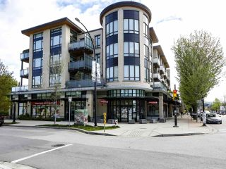 Main Photo: 304 4307 HASTINGS Street in Burnaby: Vancouver Heights Condo for sale (Burnaby North)  : MLS®# R2453402