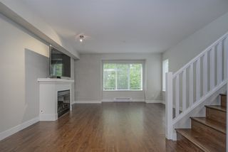 """Photo 3: 33 20038 70 Avenue in Langley: Willoughby Heights Townhouse for sale in """"WILLOUGHBY HEIGHTS"""" : MLS®# R2460175"""
