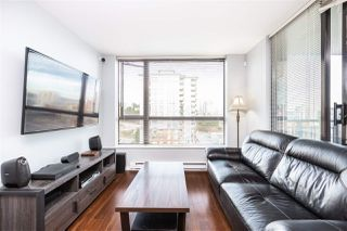 """Photo 4: 1305 833 AGNES Street in New Westminster: Downtown NW Condo for sale in """"News"""" : MLS®# R2495831"""