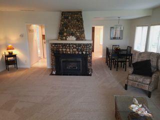 """Photo 4: 1403 BEACH GROVE Road in Tsawwassen: Beach Grove House for sale in """"BEACH GROVE"""" : MLS®# R2502144"""
