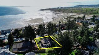 "Main Photo: 1403 BEACH GROVE Road in Tsawwassen: Beach Grove House for sale in ""BEACH GROVE"" : MLS®# R2502144"