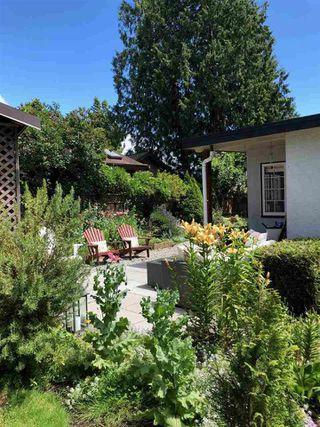 """Photo 18: 1403 BEACH GROVE Road in Tsawwassen: Beach Grove House for sale in """"BEACH GROVE"""" : MLS®# R2502144"""