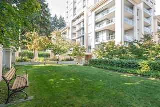 "Photo 24: 2002 280 ROSS Drive in New Westminster: Fraserview NW Condo for sale in ""THE CARLYLE"" : MLS®# R2504994"