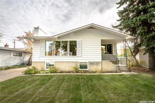 Photo 2: 6 Morton Place in Saskatoon: Greystone Heights Residential for sale : MLS®# SK828159