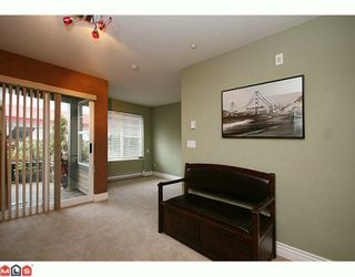 "Photo 7: 106 20200 56 Avenue in Langley: Langley City Condo for sale in ""Bentley"" : MLS®# F2928010"
