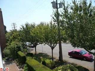 "Photo 7: 303 1280 FIR Street: White Rock Condo for sale in ""OCEANA VILLAGE"" (South Surrey White Rock)  : MLS®# F1021363"