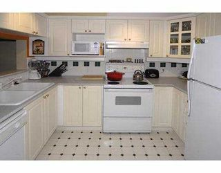 """Photo 5: 131 5500 ANDREWS Road in Richmond: Steveston South Condo for sale in """"SOUTHWATER"""" : MLS®# V724383"""