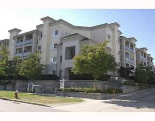 """Photo 1: 131 5500 ANDREWS Road in Richmond: Steveston South Condo for sale in """"SOUTHWATER"""" : MLS®# V724383"""