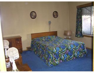 Photo 5: 3261 AUSTREY Avenue in Vancouver: Collingwood VE House for sale (Vancouver East)  : MLS®# V761130