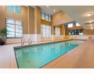 "Photo 7: 2201 120 MILROSS Avenue in Vancouver: Mount Pleasant VE Condo for sale in ""Brighton"" (Vancouver East)  : MLS®# V772132"
