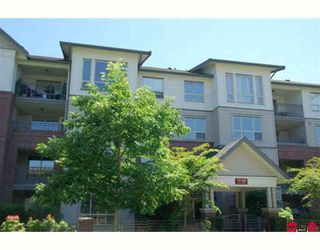 "Photo 1: 209 15188 22ND Avenue in Surrey: Sunnyside Park Surrey Condo for sale in ""MUIRFIELD GARDENS"" (South Surrey White Rock)  : MLS®# F2915641"