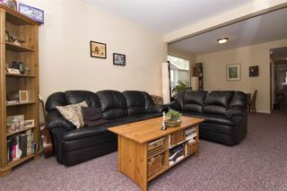Photo 3: : Vancouver House for rent : MLS®# AR112A