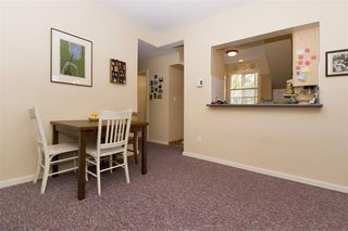 Photo 5: : Vancouver House for rent : MLS®# AR112A