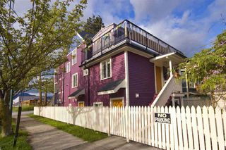 Photo 2: : Vancouver House for rent : MLS®# AR112A