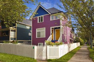 Photo 1: : Vancouver House for rent : MLS®# AR112A