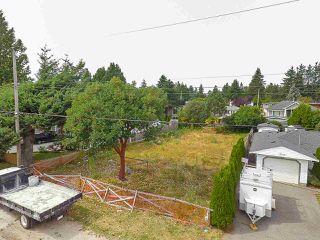 Photo 6: 13725 BLACKBURN Avenue: White Rock Land for sale (South Surrey White Rock)  : MLS®# R2435678