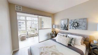 "Photo 2: 556 168 W 1ST Avenue in Vancouver: False Creek Condo for sale in ""WALL CENTRE FALSE CREEK"" (Vancouver West)  : MLS®# R2467542"