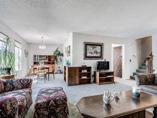 Photo 9: 5024 26 Avenue NE in Calgary: Rundle Detached for sale : MLS®# C4306452