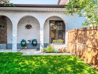Photo 2: 5024 26 Avenue NE in Calgary: Rundle Detached for sale : MLS®# C4306452