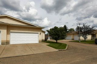 Photo 3: 45 10 GRANGE Drive: St. Albert House Half Duplex for sale : MLS®# E4205847