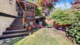 Photo 29: 2705 W 5TH Avenue in Vancouver: Kitsilano House 1/2 Duplex for sale (Vancouver West)  : MLS®# R2497295