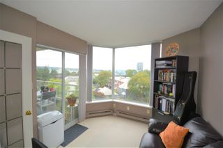 "Photo 5: 505 1045 QUAYSIDE Drive in New Westminster: Quay Townhouse for sale in ""QUAYSIDE TOWER 1"" : MLS®# R2500071"