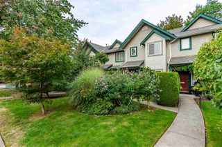 """Photo 1: 4 3220 TRAFALGAR Street in Abbotsford: Central Abbotsford Townhouse for sale in """"CREEKSIDE PLACE"""" : MLS®# R2502552"""