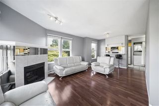 "Photo 2: 225 99 BEGIN Street in Coquitlam: Maillardville Condo for sale in ""LE CHATEAU"" : MLS®# R2506302"