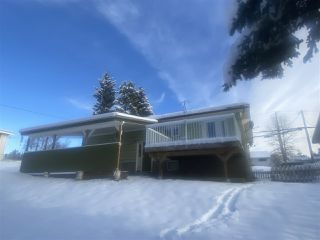 Photo 3: 691 CENTER Street in Burns Lake: Burns Lake - Town House for sale (Burns Lake (Zone 55))  : MLS®# R2518426