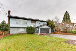 Photo 2: 5911 184 Street in Surrey: Cloverdale BC House for sale (Cloverdale)  : MLS®# R2527571