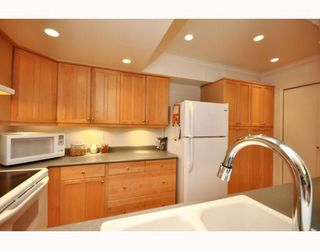 """Photo 16: 3402 COPELAND Avenue in Vancouver: Champlain Heights Townhouse for sale in """"COPELAND"""" (Vancouver East)  : MLS®# v804863"""