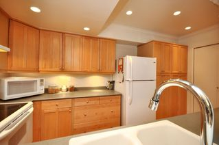 """Photo 5: 3402 COPELAND Avenue in Vancouver: Champlain Heights Townhouse for sale in """"COPELAND"""" (Vancouver East)  : MLS®# v804863"""